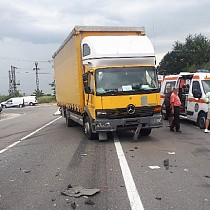 accident rutier grav in zona bauelemente pe dn 72