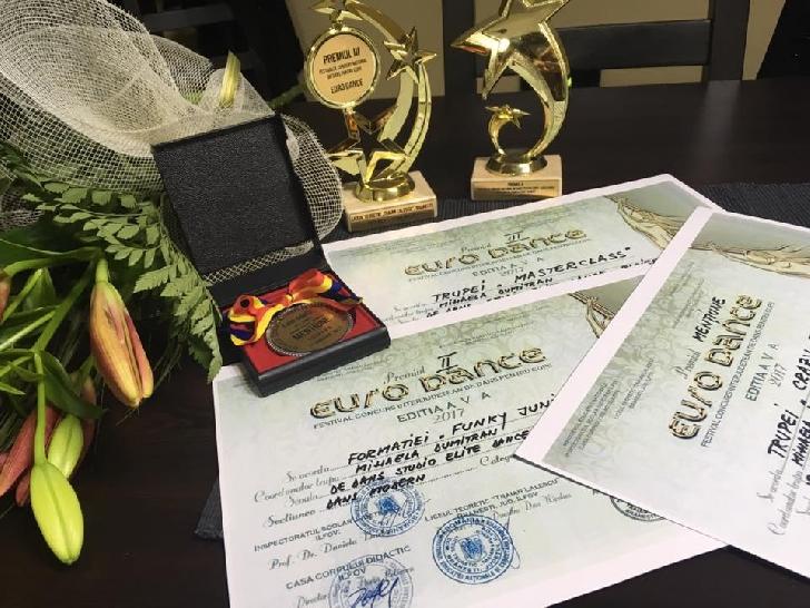 Premii importante pentru micuţii dansatori de la Studio Elite Dance.