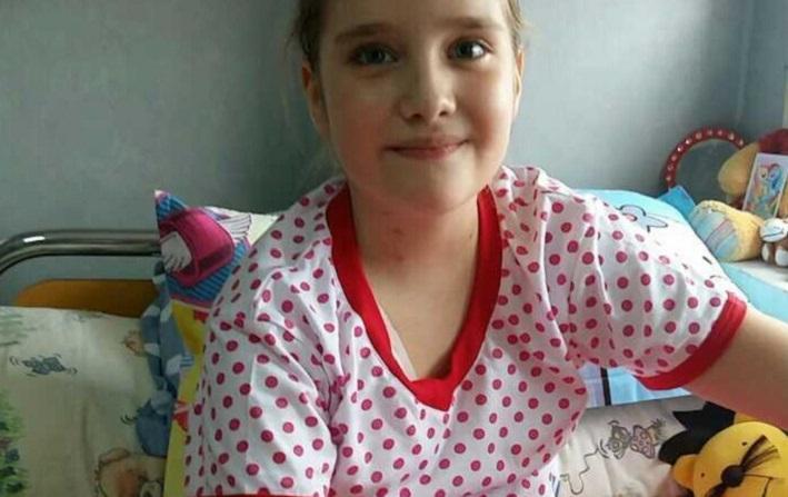 Hai sa o ajutam . O fetitiţă din Pucheni are opt ani şi este diagnosticată cu o formă gravă de cancer