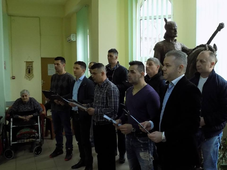 INFORMARE   DE  PRESĂ PENITENCIARUL PLOIESTI . Acţiune umanitară la Centrul de Bătrâni din Puchenii Mari, judeţul Prahova .