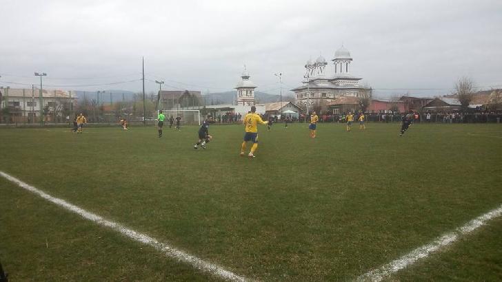 AFC Brebu – Petrolul Ploieşti 1-1. Un meci văzut din alt unghi.(foto si video )