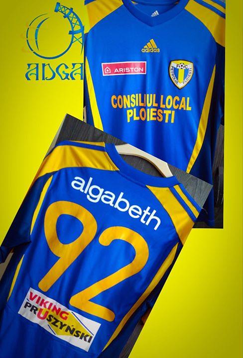 ADGA,o noua licitatie de tricouri pentru a ajuta echipa Petrolul 52 Ploiesti.