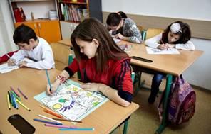 239 de copii, tineri şi adulţi din grupuri vulnerabile din Ploieşti au beneficiat de servicii integrate gratuite
