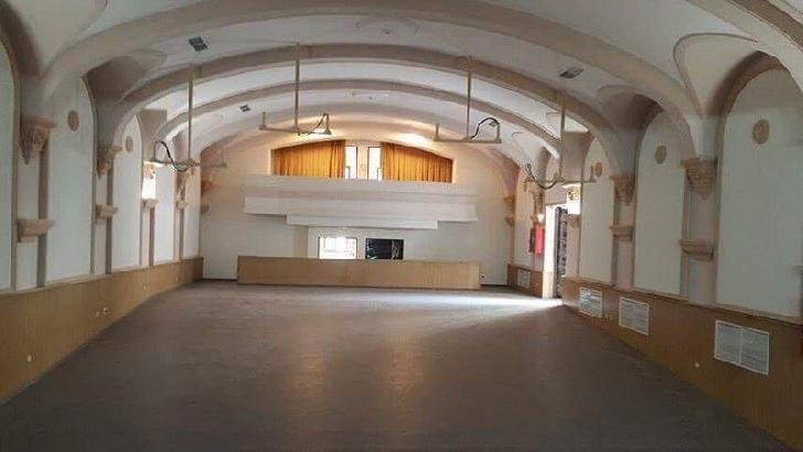 """Noul  sediu al Teatrului de Copii """"Ciufulici"""" Ploiesti a fost inaugurat ."""