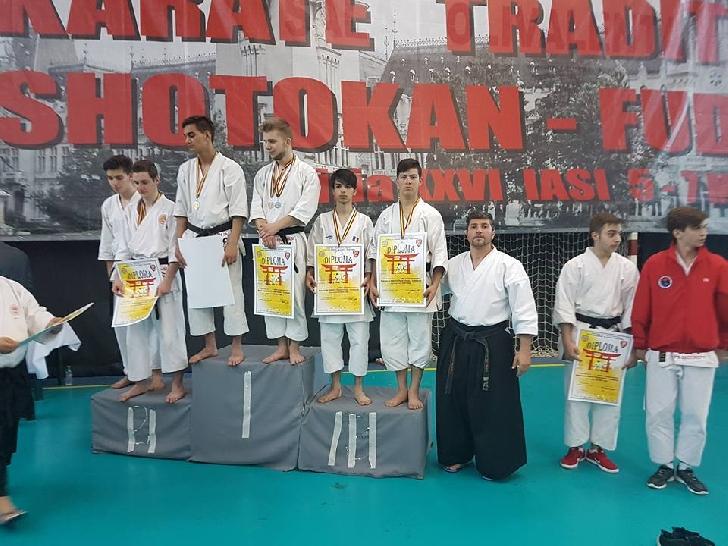 Clubul Sportiv Shiro Washi a obţinut rezultate bune la Finala Campionatului Naţional Iaşi de karate tradiţional.