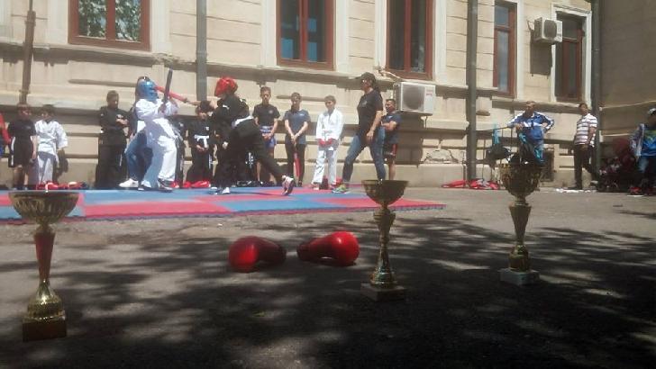 CS AMBIŢIA MMA PRAHOVA , demonstraţie sportiva la Ziua Poliţiei Locale Ploieşti.(foto si video )