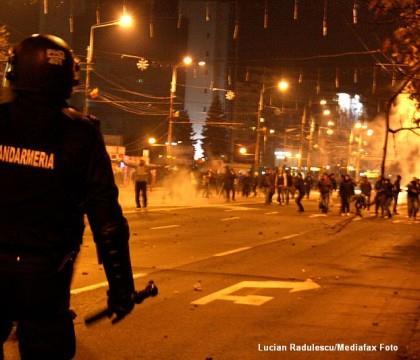Octav Preda , unul dintre liderii suporterilor  petrolisti a lansat un atac dur la adresa primarului Adrian Dobre .