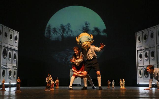 """Finala Concursului Naţional de Teatru Amator , ediţia a XIV a Festivalului Naţional """"I.L. Caragiale""""."""