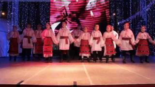 """Ansamblul """"Prahova Junior"""" al Casei de Cultură """"Ion Luca Caragiale"""" a Municipiului Ploieşti a obţinut locul I la Festivalul Naţional de Dans """"Cupa Cornu""""."""