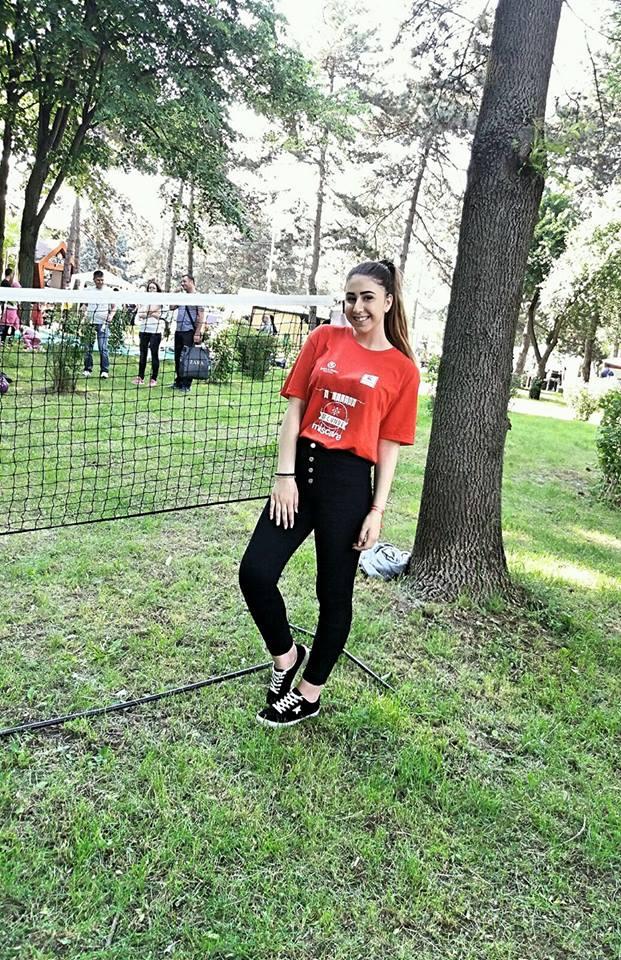 INTERVIU - Maria Magdalena Stan între voluntariat, poezie şi... lupii galbeni