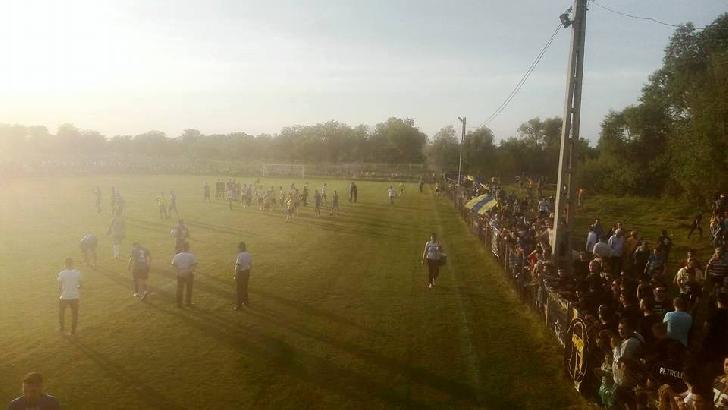 Campionii, campionii. Petrolul Ploieşti a câştigat lejer şi la Măneşti Coada Izvorului.(foto si video )