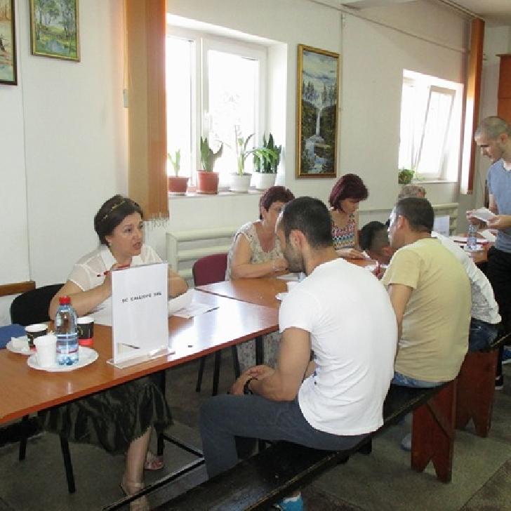 La sediul Penitenciarului Ploieşti a avut loc Bursa locurilor de muncă pentru deţinuţi