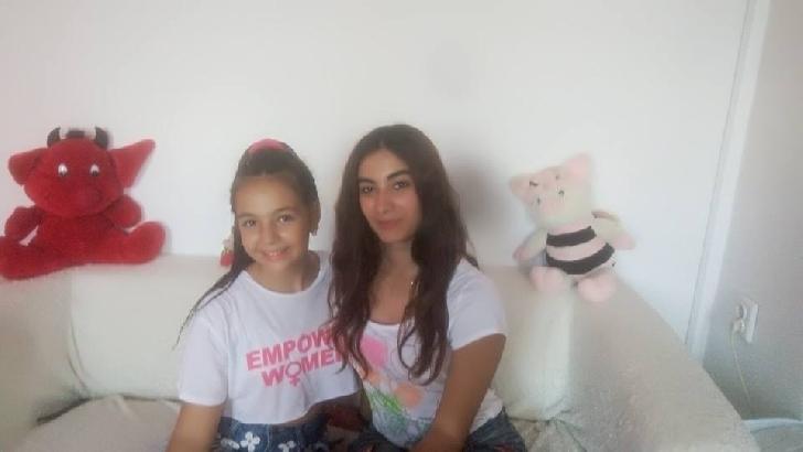 Interviu video Ioana Polydora ( viitorul star al belly dance-ului din Ploiesti si Romania ) .
