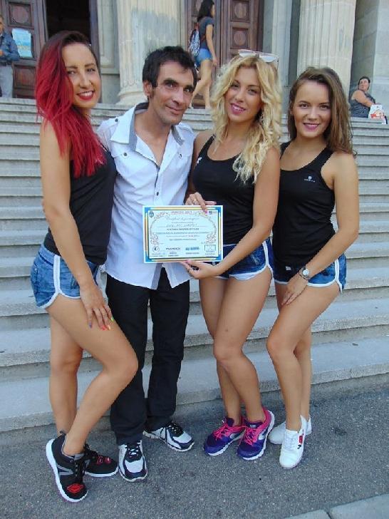Trupa de dans Gold ART Cabaret - noua trupa de dans a Ploiestiului
