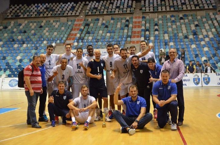 Echipa de volei Tricolorul LMV vine la Ploieşti Shopping City
