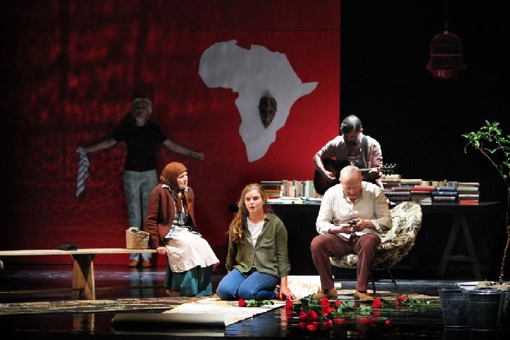 """Câteva zile ne mai despart pana la Festivalul de teatru """"Toma Caragiu"""", ediţia a 7 a. Programul complet"""