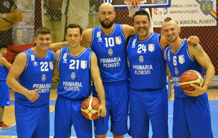 Echipa masculina de baschet a CSM , debuteaza in Sala Sporturilor Olimpia