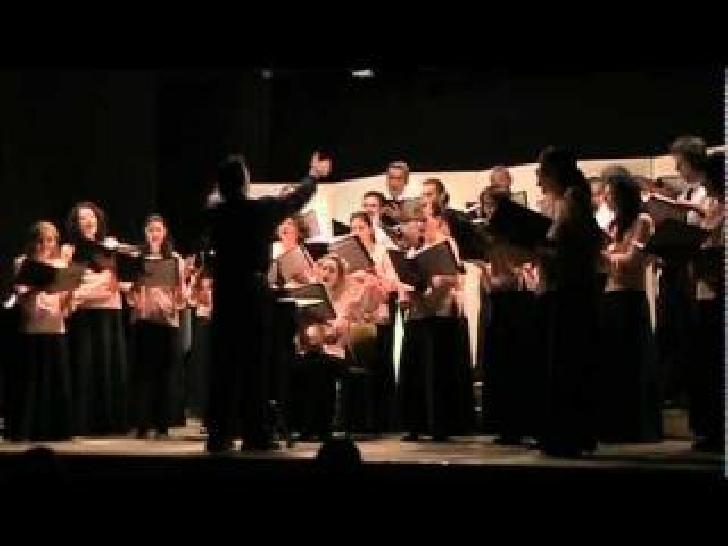 """Corala """"Paul Constantinescu"""" participa la Festivalul de Colinde şi Obiceiuri de Iarnă """"Crăciunul la români"""""""