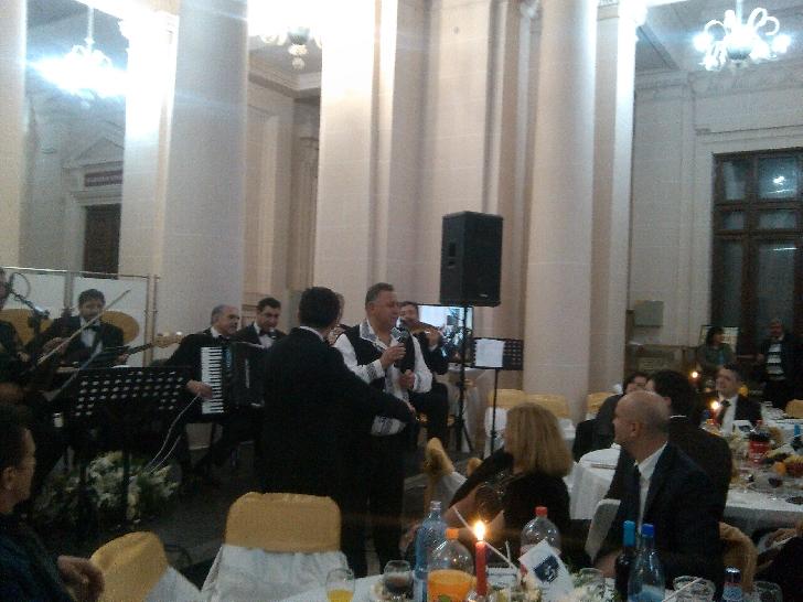 """Balul Filarmonicii """"Paul Constantinescu """"Ploieşti, un real succes.(foto si video )"""