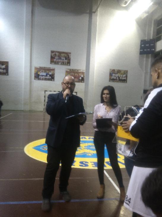 """""""Latinii """", spectacol caritabil total. Cupa Suporterilor Peluza Latină a fost un succes.(foto si video )"""