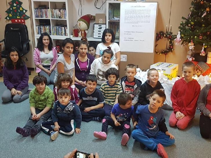 ADGA-Mos Crăciun pentru copii de la Centrul de primiri în urgenţă – Cireşarii