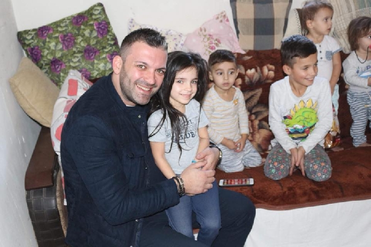 EXCLUSIV.Interviu cu ploieşteanul Sebastian Savulescu (îngerul copiilor din familii nevoiaşe)