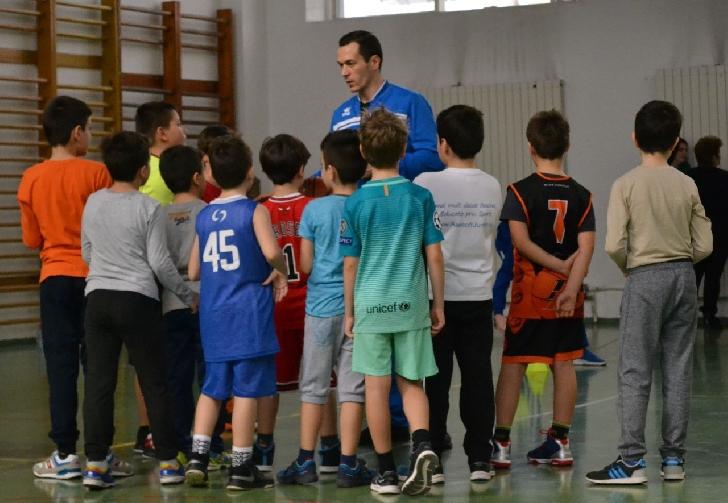16 copii cu vârste între 8 şi 10 ani au fost prezenti la prima selecţie organizată de CSM Ploiesti