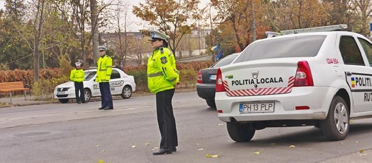 Poliţiştii locali ploiesteni acţionează pentru prevenirea blocării benzilor de circulaţie