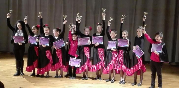 Premii importante pentru copii de la Centrul Cultural Valenii de Munte,la Concursul National Diamond Dance Cup (Bucuresti )