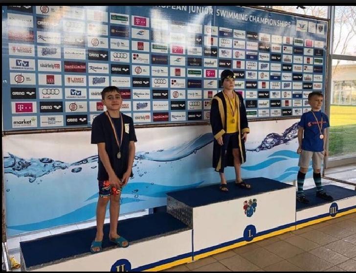 Înotătorii de la CSM Ploieşti, 17 medalii cucerite în Ungaria