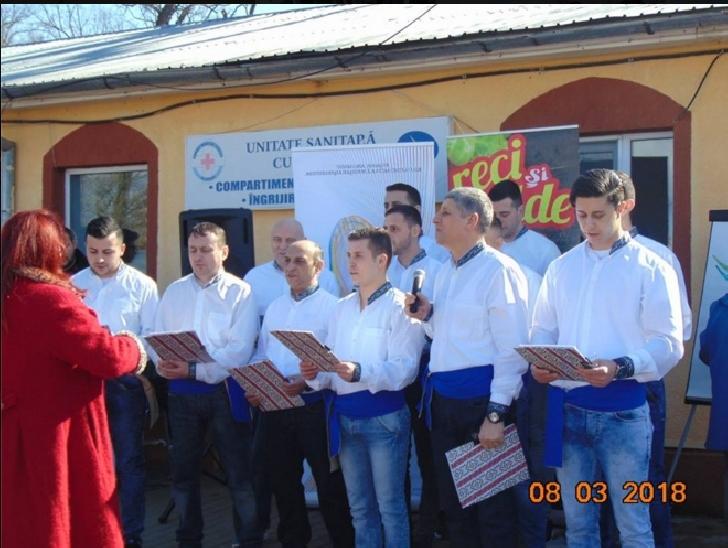 Penitenciarul Ploiesti a adus bucurii persoanelor varstnice de la Darius Medical Center Plopeni