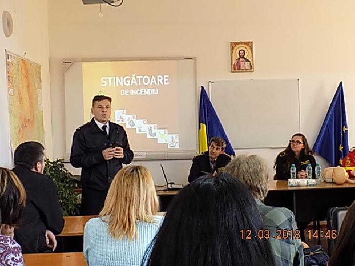 Acţiune de informare şi prevenţie I.S.U. Prahova  la Penitenciarul Ploieşti