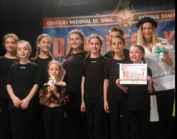 Trupa de dans Sophy Dance, locul 1 şi premiul special al juriului la Festivalul Naţional de Dans de la Buşteni