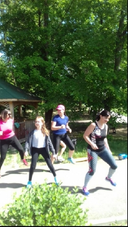 Ziua Internationala a dansului a fost sarbatorita de Fitness Club Nico,la Bucov (foto si video )