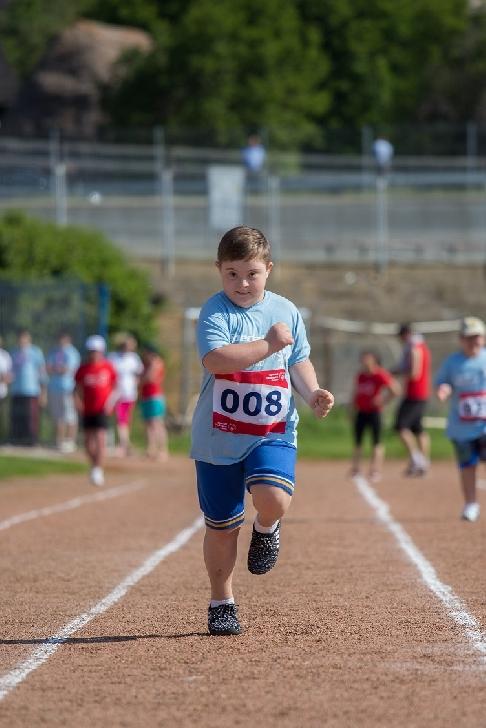 Cel mai mare eveniment sportiv dedicat persoanelor cu dizabilităţi intelectuale începe pe 25 mai la Târgovişte
