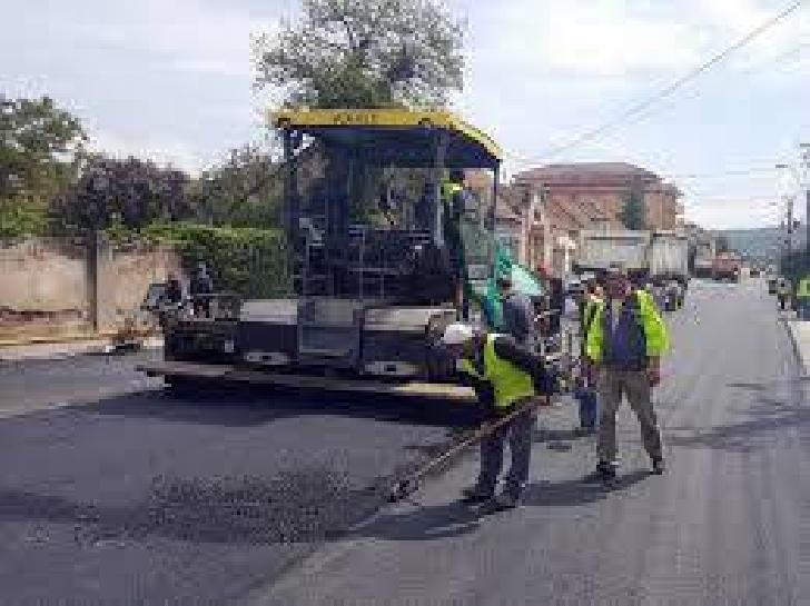 Lucrări de întreţinere – asfaltare carosabil pe strada Gheorghe Doja din Ploiesti