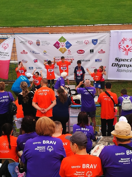 Copiii cu dizabilităţi intelectuale au luat peste 650 de medalii la 4 discipline sportive, la Jocurile Naţionale Special Olympics 2018