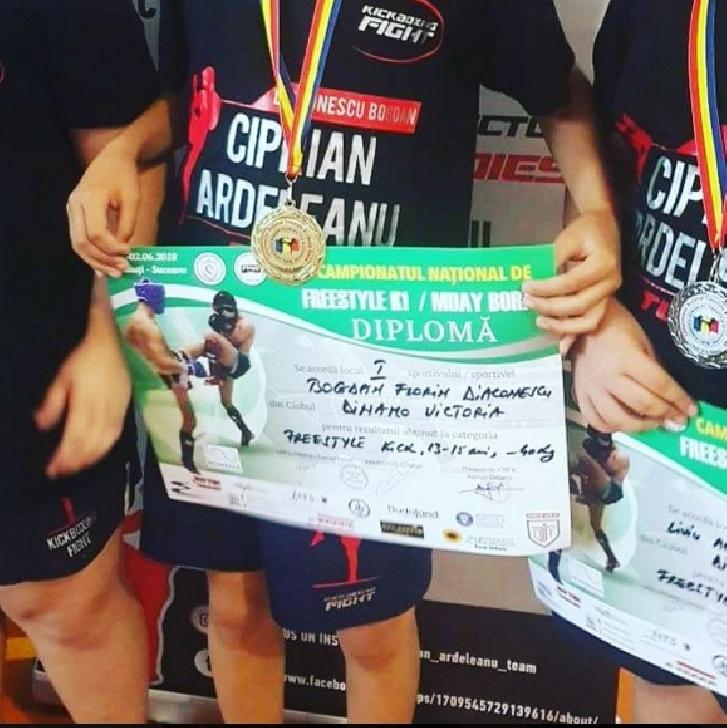 Rezultate remarcabile pentru ACS Dinamo Victoria Ploieşti (Ciprian Ardeleanu TEAM) la Campionatul Naţional de K 1/Muay Boran