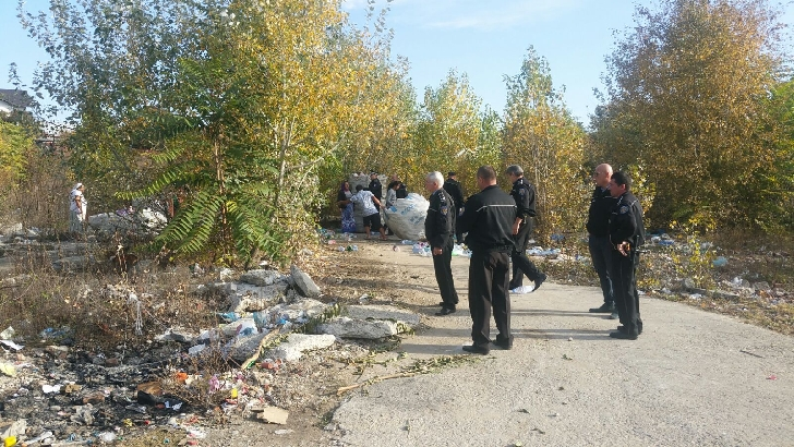 Polistii locali ploiesteni au confiscat pet-urile din cartierul Bereasca