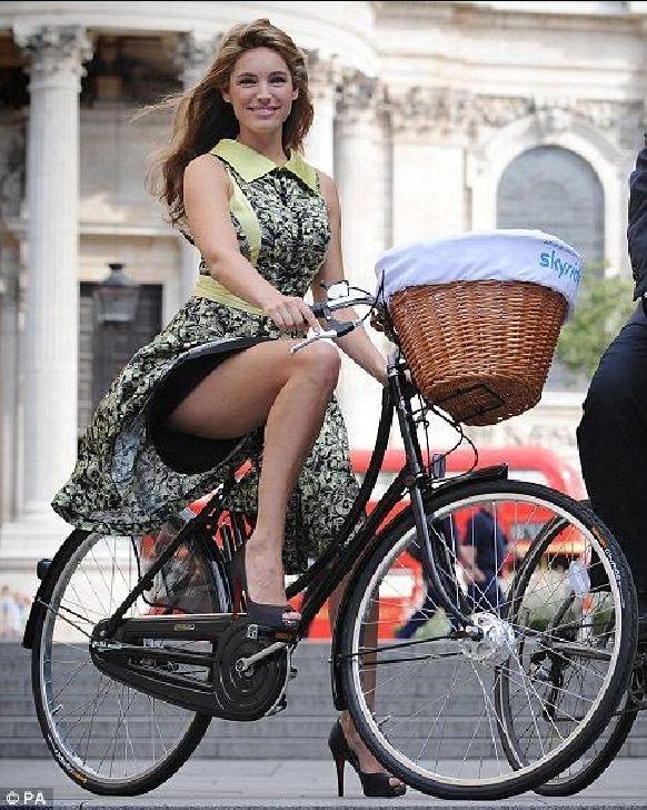 Tocuri pe biciclete. Prahova in Actiune - Filiala Ploiesti da startul evenimentelor ce promoveaza frumosul in orasul Ploiesti