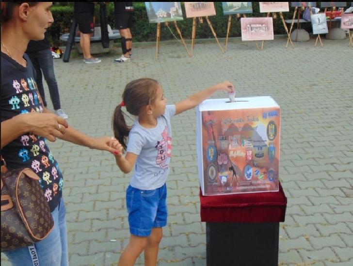 """Evenimentul caritabil """"Suflete pentru Teodor"""" primul pas pentru primii paşi ai unui copil de numai cinci ani"""