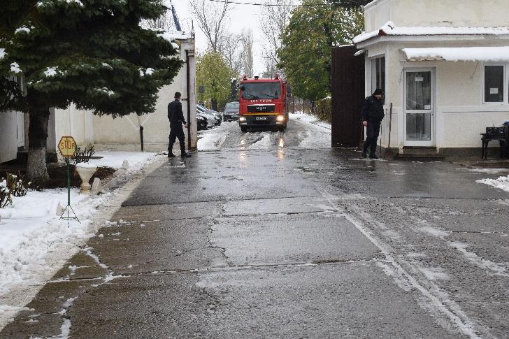 Exerciţiu tactic de intervenţie ISU la sediul Penitenciarului de Femei Ploieşti – Târgşorul Nou