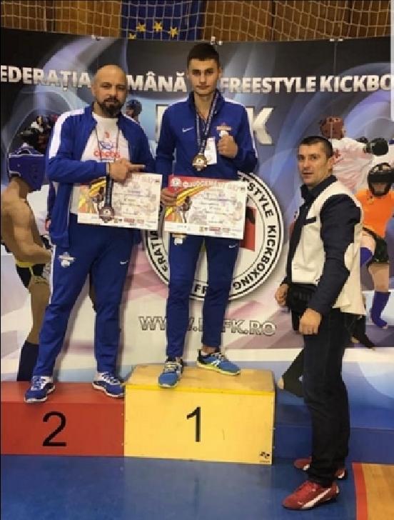 Cluburile de kickboxing din Ploieşti, medalii importante la Cupa Mondială Judgement Day -Targoviste 2018
