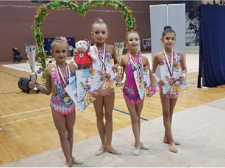 Gimnastele de la CSM Ploieşti au castigat 10 medalii la Cupa Dako Sport