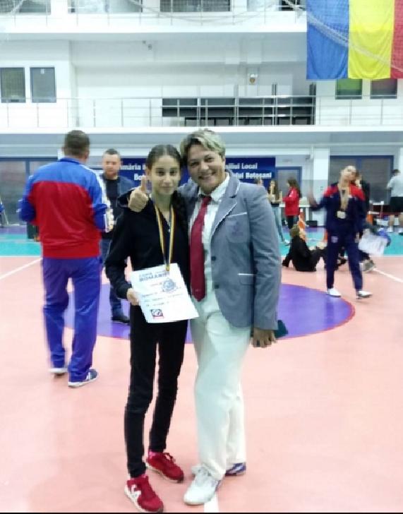 Denisa Tudorache, la 15 ani este multipla campioana la Taekwondo