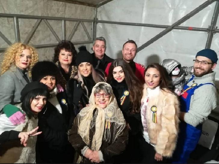 """Artistii Teatrului """"Toma Caragiu"""" au sustinut un superb spectacol de Ziua Nationala a Romaniei (video)"""