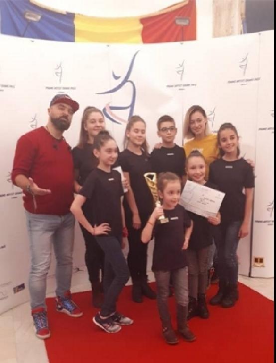 3 premii pentru Sophy Dance la prima ediţie a concursului de dans Young Artist Grand Prix