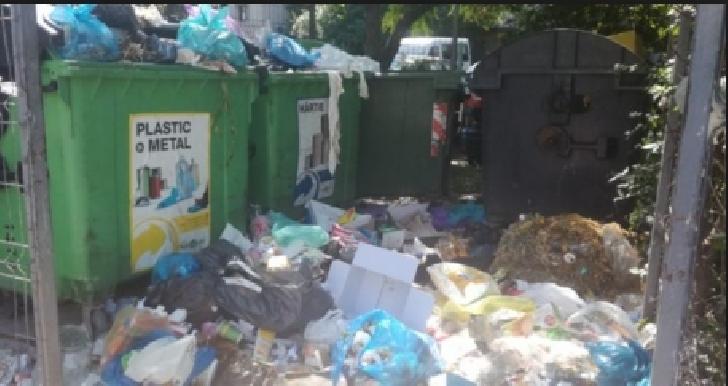 ANRSC a dat termen  operatorului de salubritate   pentru a ridica gunoiul din municipiul Ploiesti