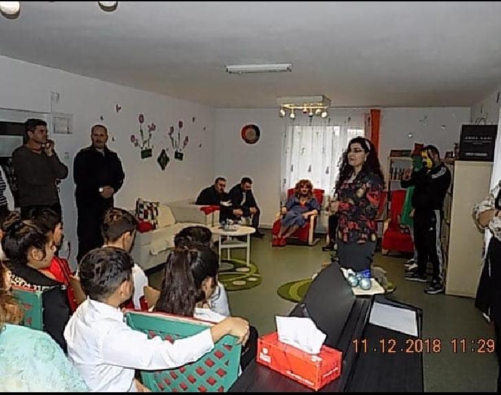 """""""Dăruieşte o bucurie de Crăciun"""",la sediul Centrului de zi pentru copii """"Casa Cristina"""""""