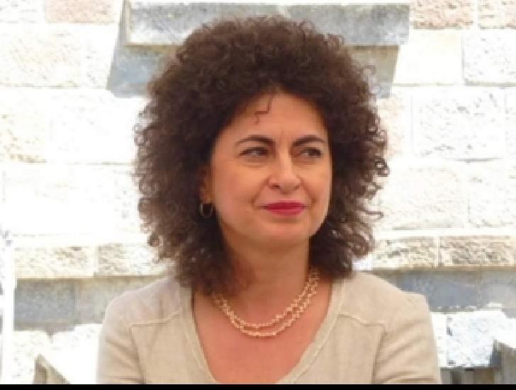 """ŞOCANT! Jenica Tabacu, directorul Muzeului """"Iulia Haşdeu"""" Campina , a fost găsită în casă, spânzurată"""